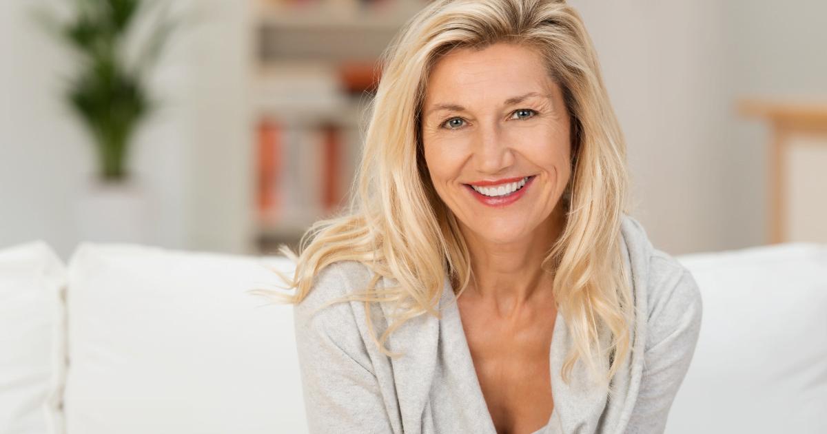 jak dbać o skórę i włosy w okresie menopauzy